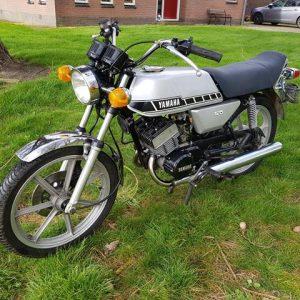 Yamaha RD125 van bouwjaar 04-1978 met Zwitserse papieren