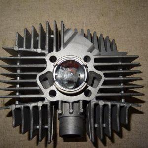 Kreidler cilinder 50 cc met booster poorten smalle tap