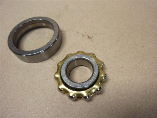 Krukas lager voor Kreidler van merk NSK type Bo17 met messingkooi