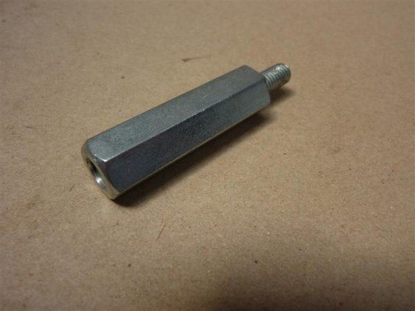 Afstand houder 6 kant 41mm lang