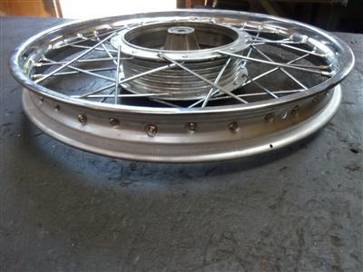Gespaakt en uitgelijnd Kreidler 17 inch wiel