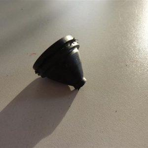 Kreidler Florett kilometer teller kabel doorvoer rubber voor druppelkoplamp model 1968-1975