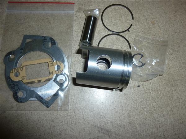 60 cc Cilinder KTT smalle tap ( exacte kopie van Mahle W6 cilinder ) 6,25 pk