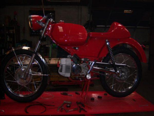Complete restauratie van Kreidler RS Special Café Racer