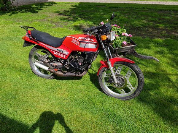 Honda MBX 80 met NL motorkenteken loopt perfect 6 bak